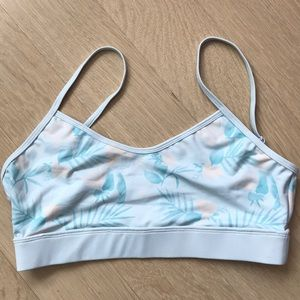 Comfortable athletic top - NWOT
